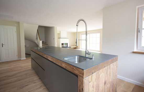 Altholzküche mit Granitarbeitsplatte | Küche | Pinterest | Blog | {Altholzküchen modern 14}