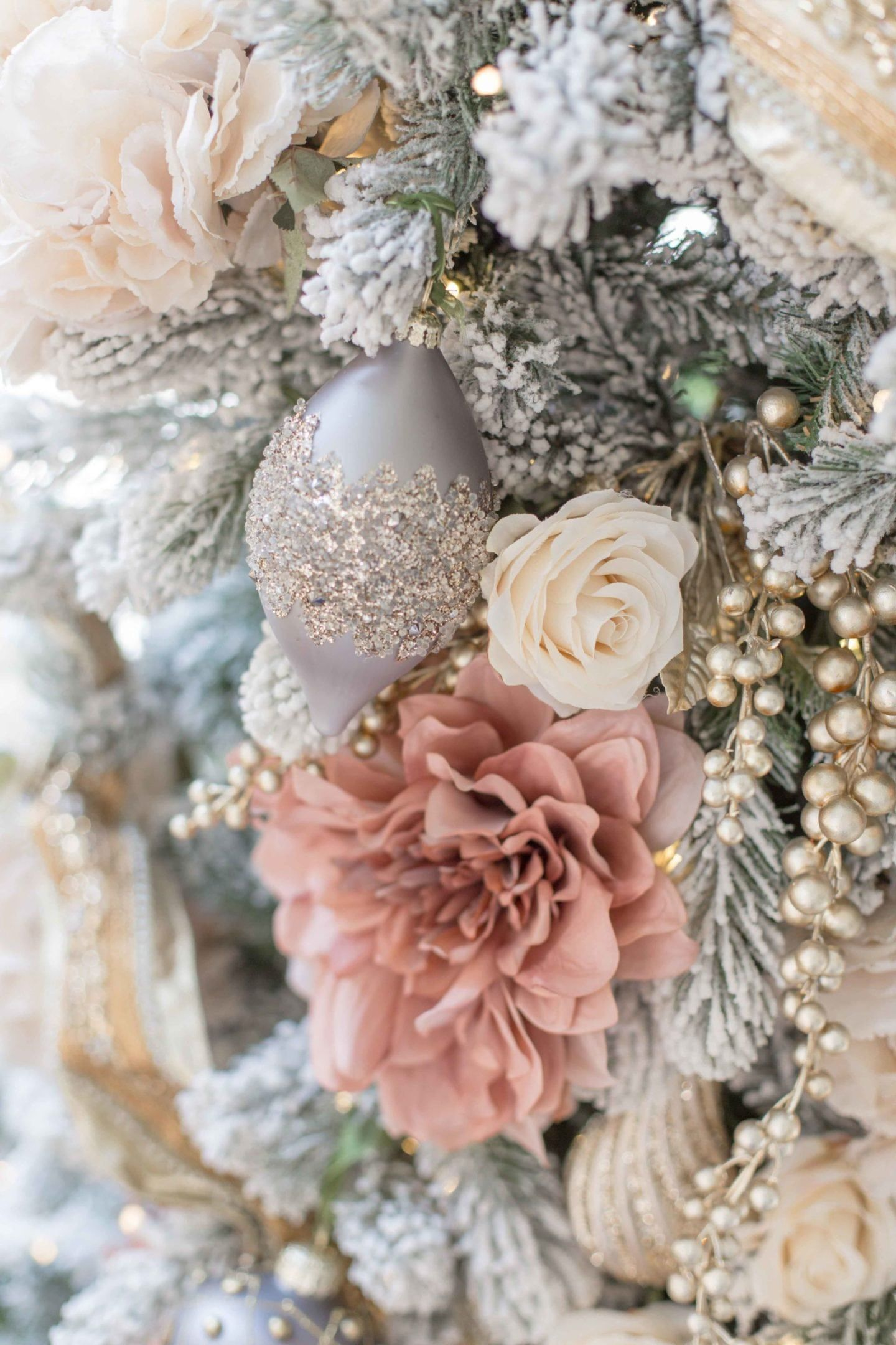 Everything you need to Design a Pink and Gold Christmas Tree images
