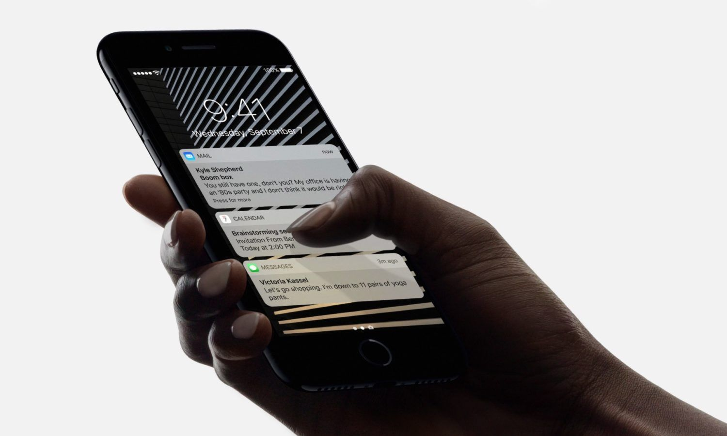 A New Mysterious Device Smashes iPhone 7 Benchmark | Apple