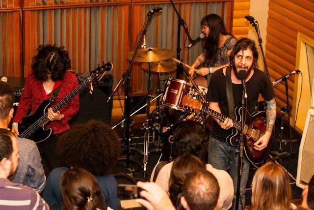 Rádio Base #thatanogentili: Grupo Sofar lança disco gravado ao vivo em parceir...