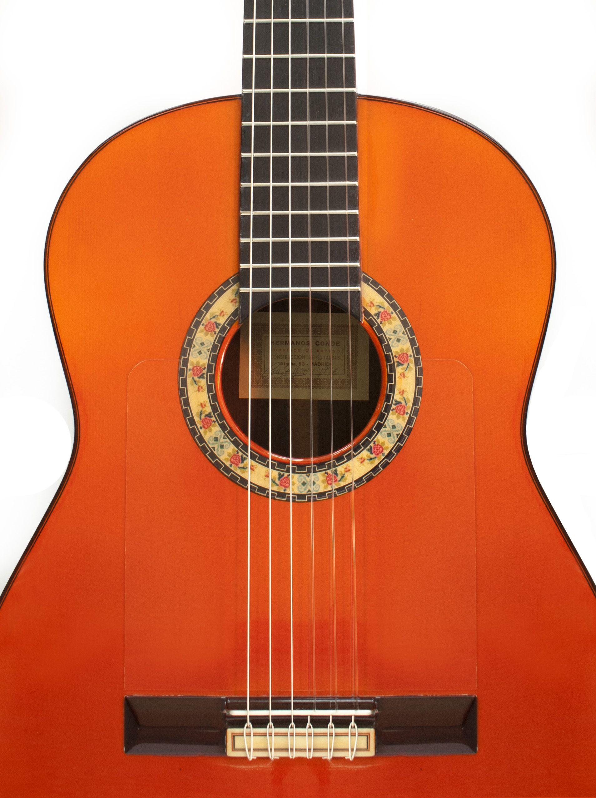 Pin De Guitarras Conde Atocha En Nuestras Guitarras Guitarras Conde Hermanos Instrumentos Musicales