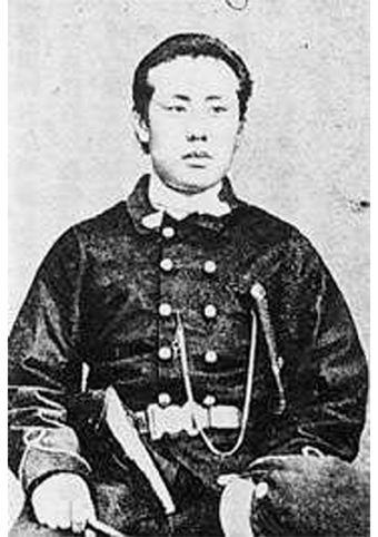 Hitomi Katsutaro 1843-1922, during the Boshin war (1868-1869), shogunate soldier, he became the Matsumae magistrate of Ezo Republic, after the Meiji Restoration he became a businessman.