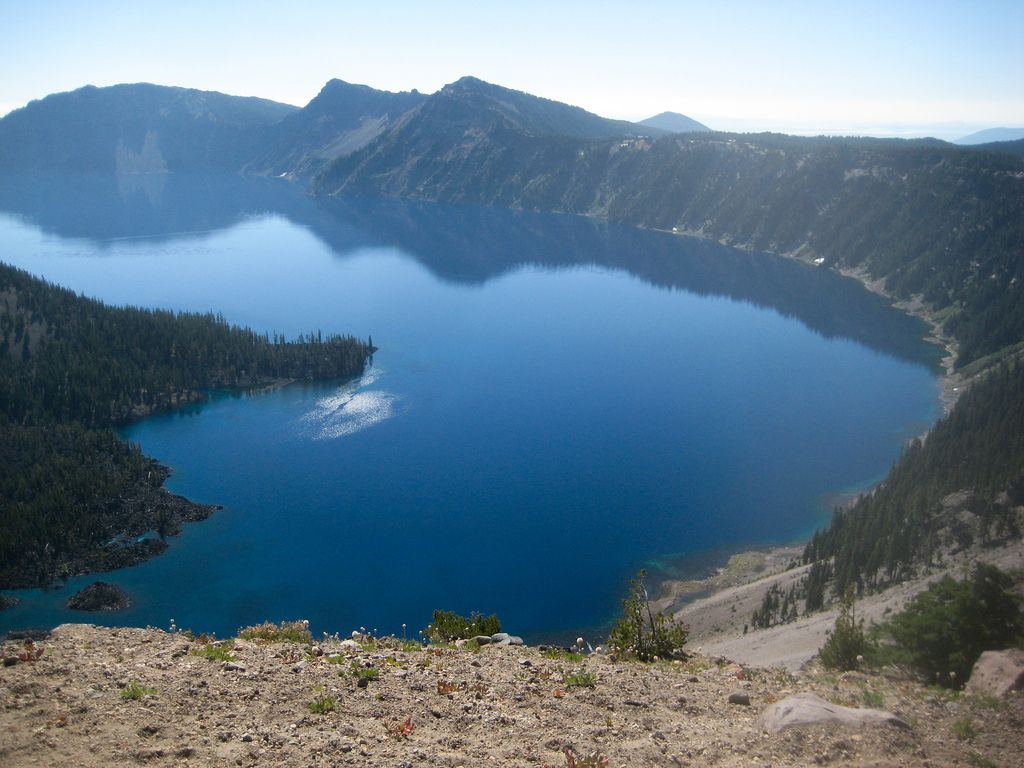 Most Beautiful Places To Visit In Italy Crater Lake Lakes - 10 cool landmarks in crater lake national park