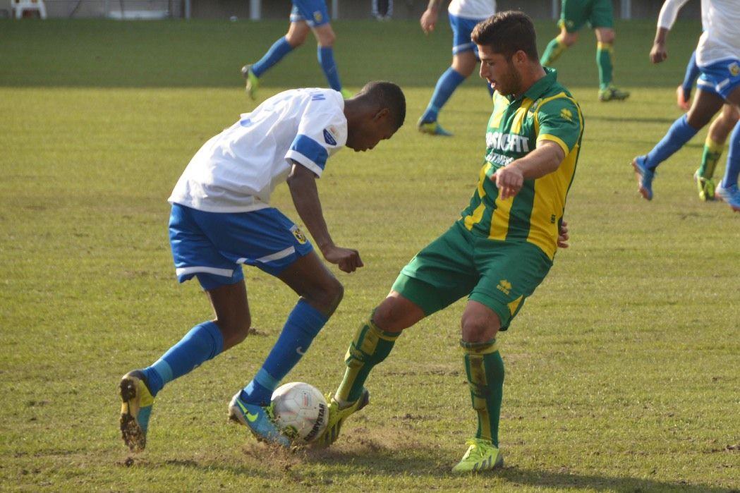 #Soccer duel. #Gouriye from #ADO Den Haag in #ADOVIT