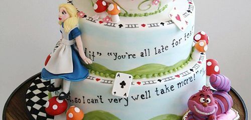The magical world of Disney is part of every childhood dream. Make your child's birthday one to remember with the splendor of Disney's characters and stories in cake form! You will be amazed by these edible Disney creations.