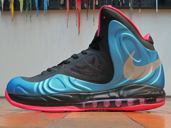 pretty nice 97cca e742a Nike Air Max Hyperposite - Arriving at Retailers - SneakerNews.com   basketball