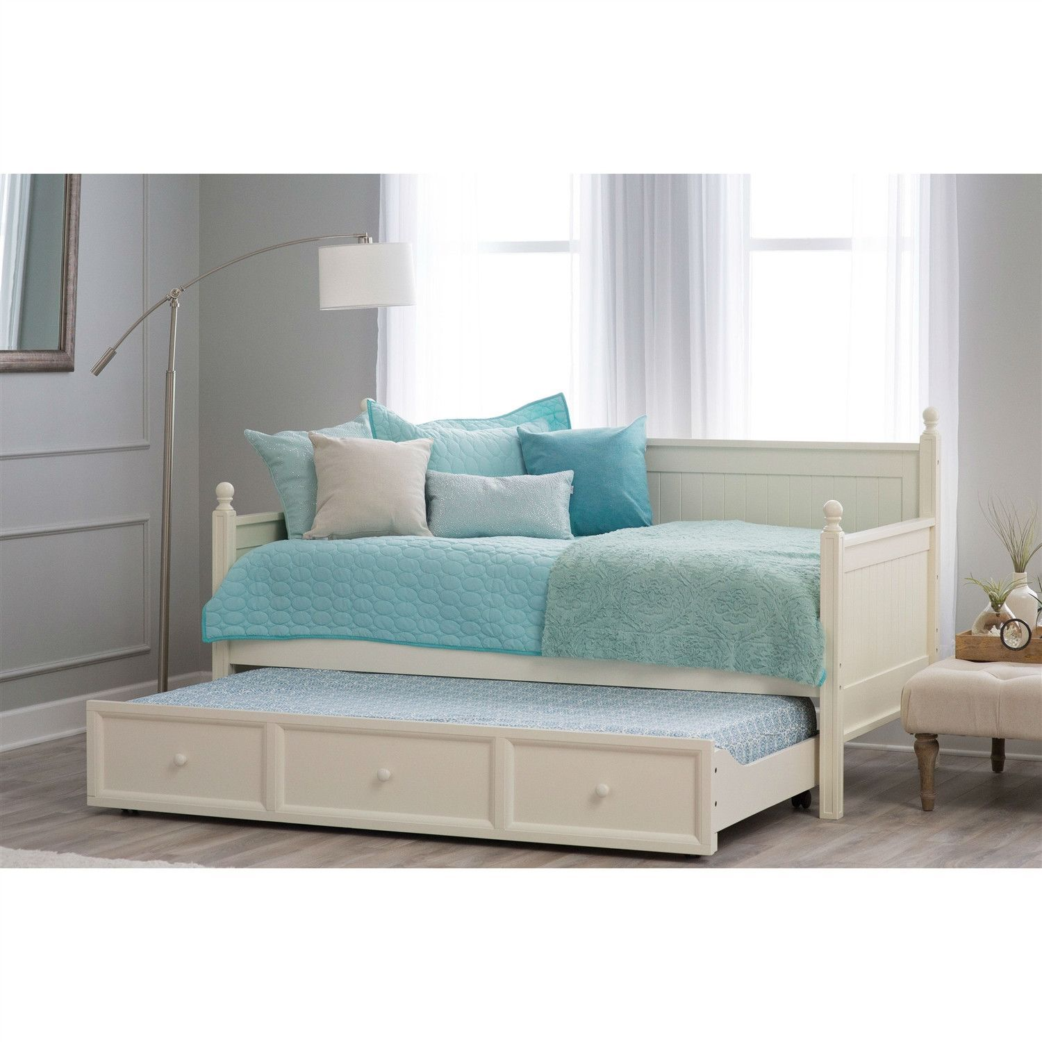 - Twin Size White Wood Daybed With Pull-Out Trundle Bed White Wood