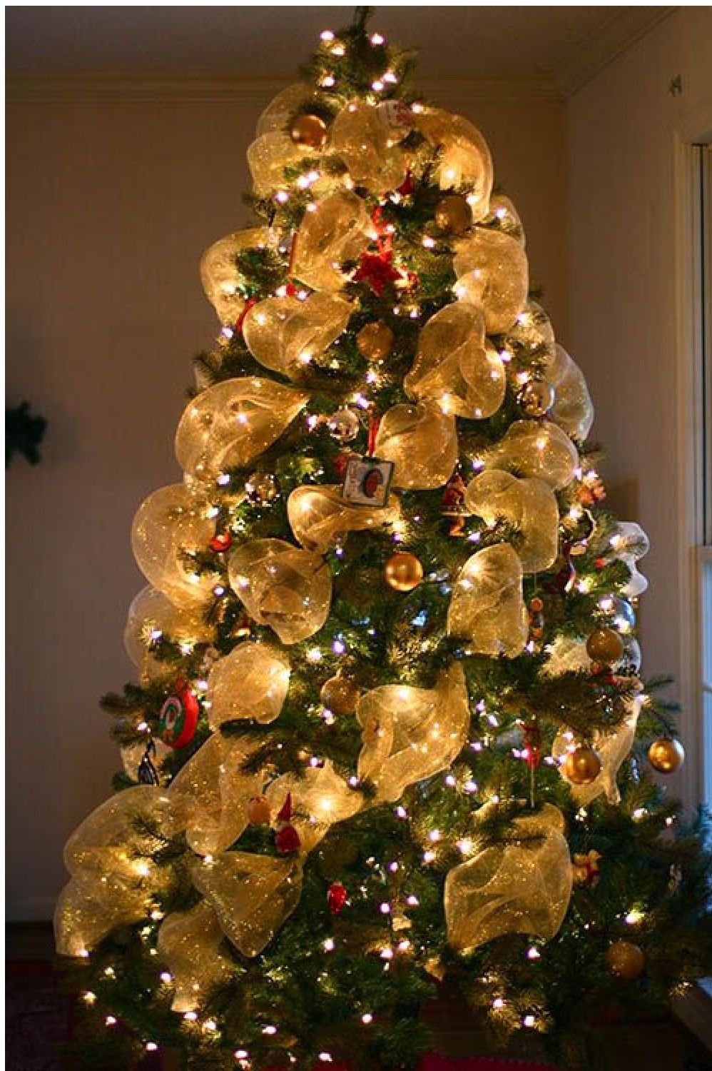 Christmas tree decorations 2014 with mesh - Luxuriant Christmas Tree Deco Mesh Deco Mesh Christmas Tree 2014 Deco Mesh Christmas Tree Learn To Make These Deco Mesh Christmas Tree 2014