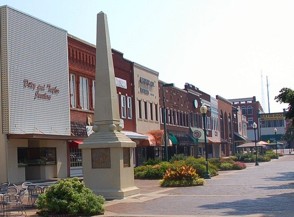 Downtown Hickory N C Places I Ve Been Pinterest