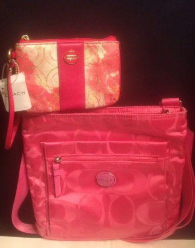 COACH-GETAWAY SIGNATURE NYLON FILE Crossbody 77408 Pink Wristlet Wallet 49216