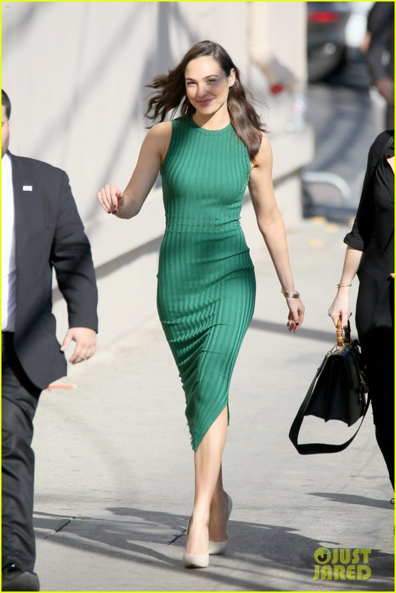 Gal Gadot & Kirsten Dunst Promote on 'Jimmy Kimmel Live ...
