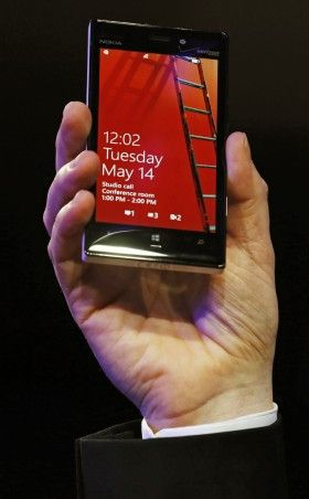 Nokia Lumia 730 'Selfie Phone' Teasers Out Before Microsoft's Press Conference at IFA 2014 - International Business Times