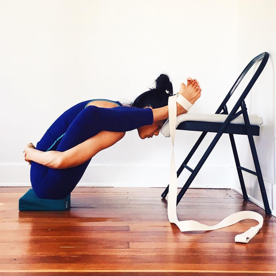 5 Standing Yoga Poses to Improve Your Balance - Life by Daily Burn