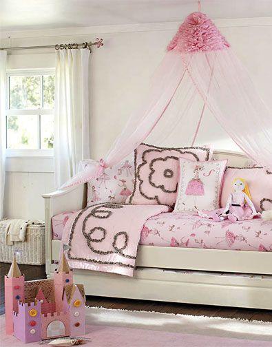 Pottery Barn Quilt Amp Pillows Love It Habitaciones