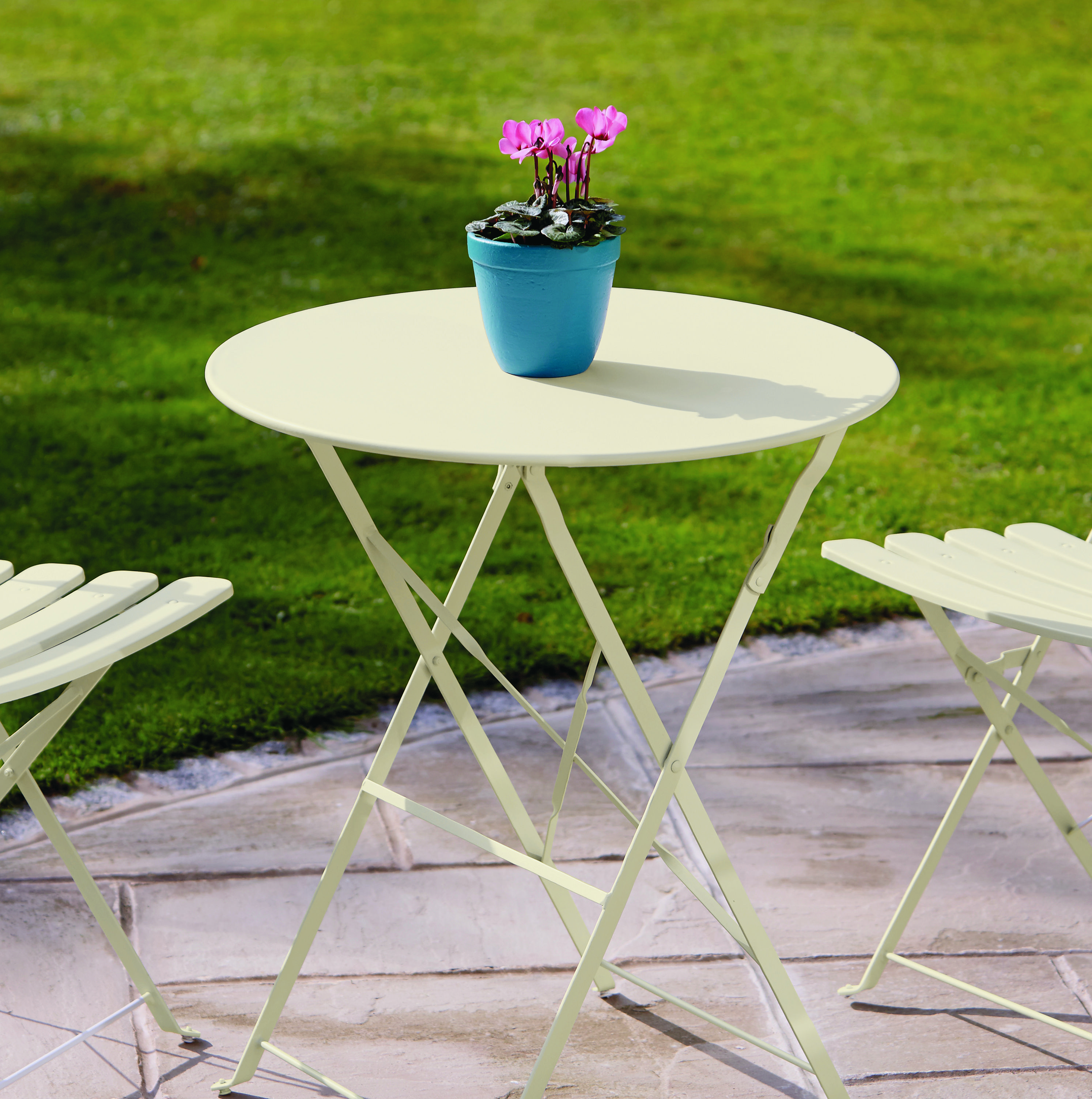 Table painted in Ronseal White Ash Garden Paint   Colour in the ...