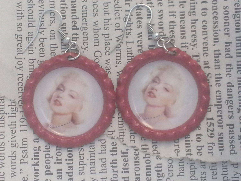 1 inch red flattened bottle cap earrings Marilyn by
