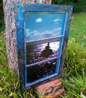 Bilderrahmen gefertigt aus früheren Fensterrahmen.