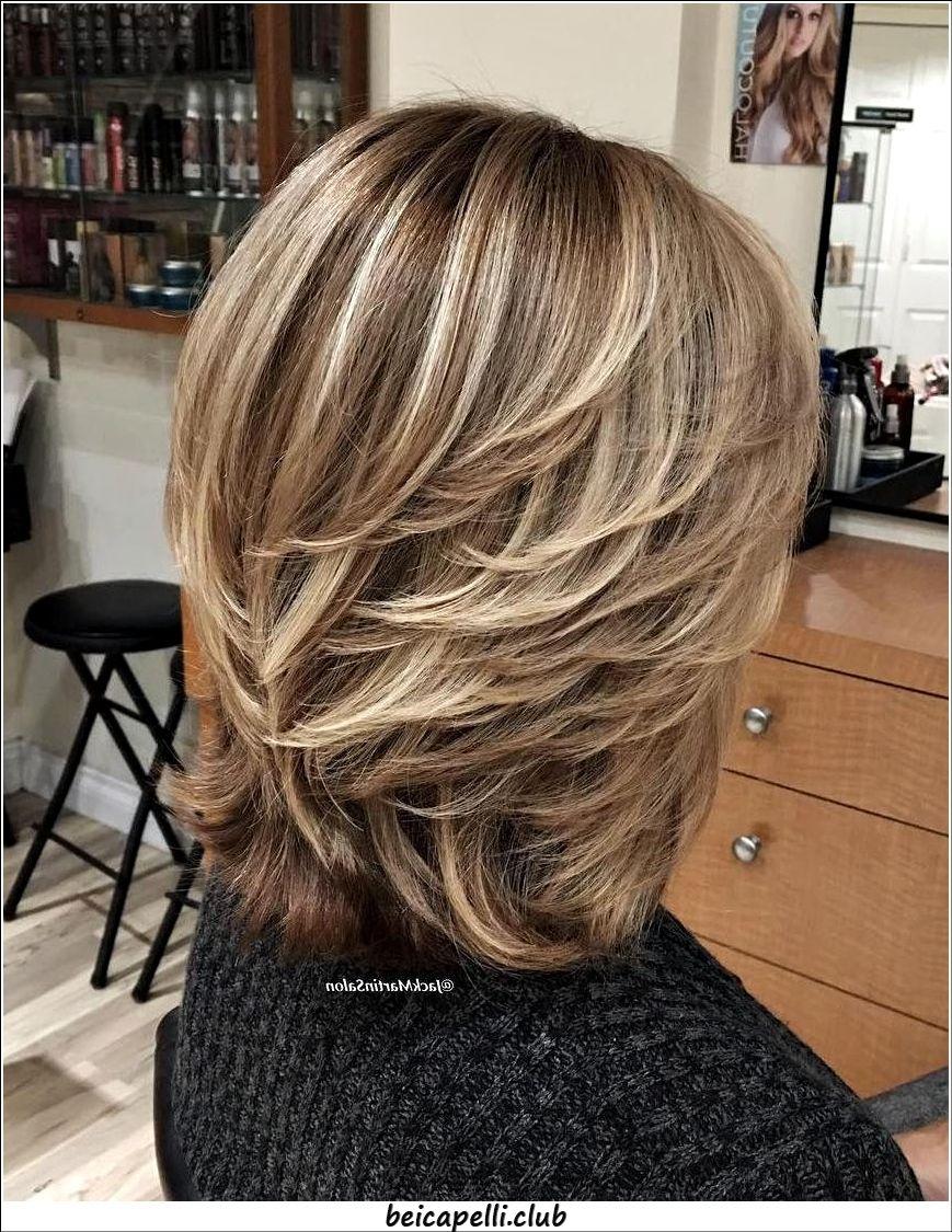 Tagli di capelli per donne 50