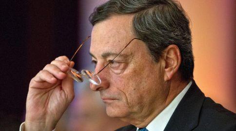 ECB pokušava sve kako bi ostvarila željenu stopu inflacije od gotovo dva posto, ali najnovije ankete, prije objave pokazatelja u srijedu, sugeriraju da bi se eurozona mogla ponovo suočiti s deflacijom