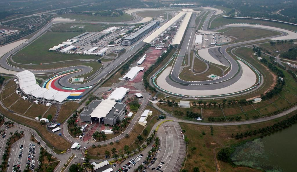 As we sleep, feast your eyes on this! RT @F1: Check out our #MalaysiaGP Destination Guide >> f1.com/1CPpzIK