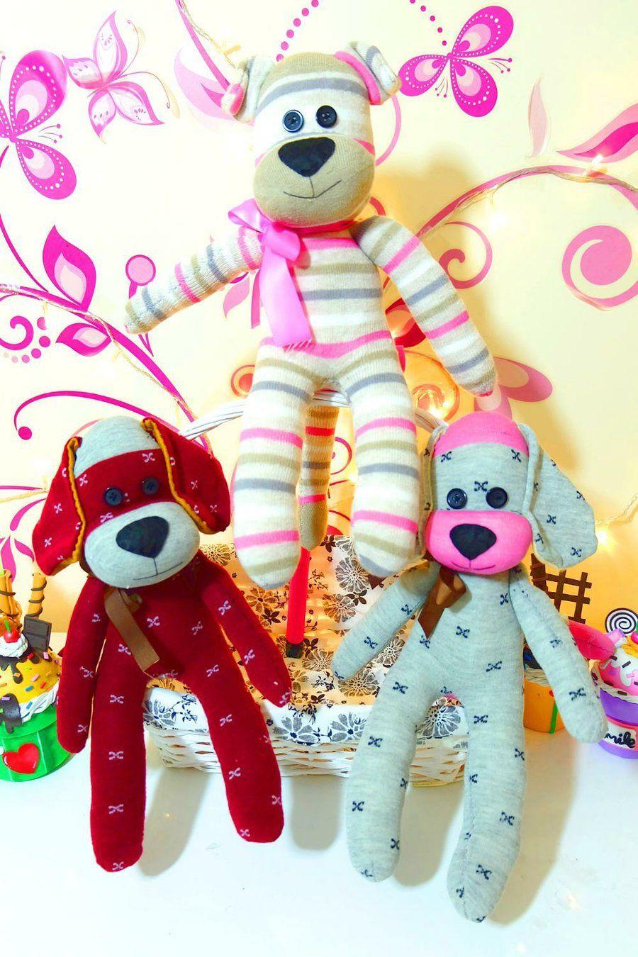 Haz Un Perro De Peluche Con Calcetines Munecos Con Calcetines Perros De Peluche Manualidades