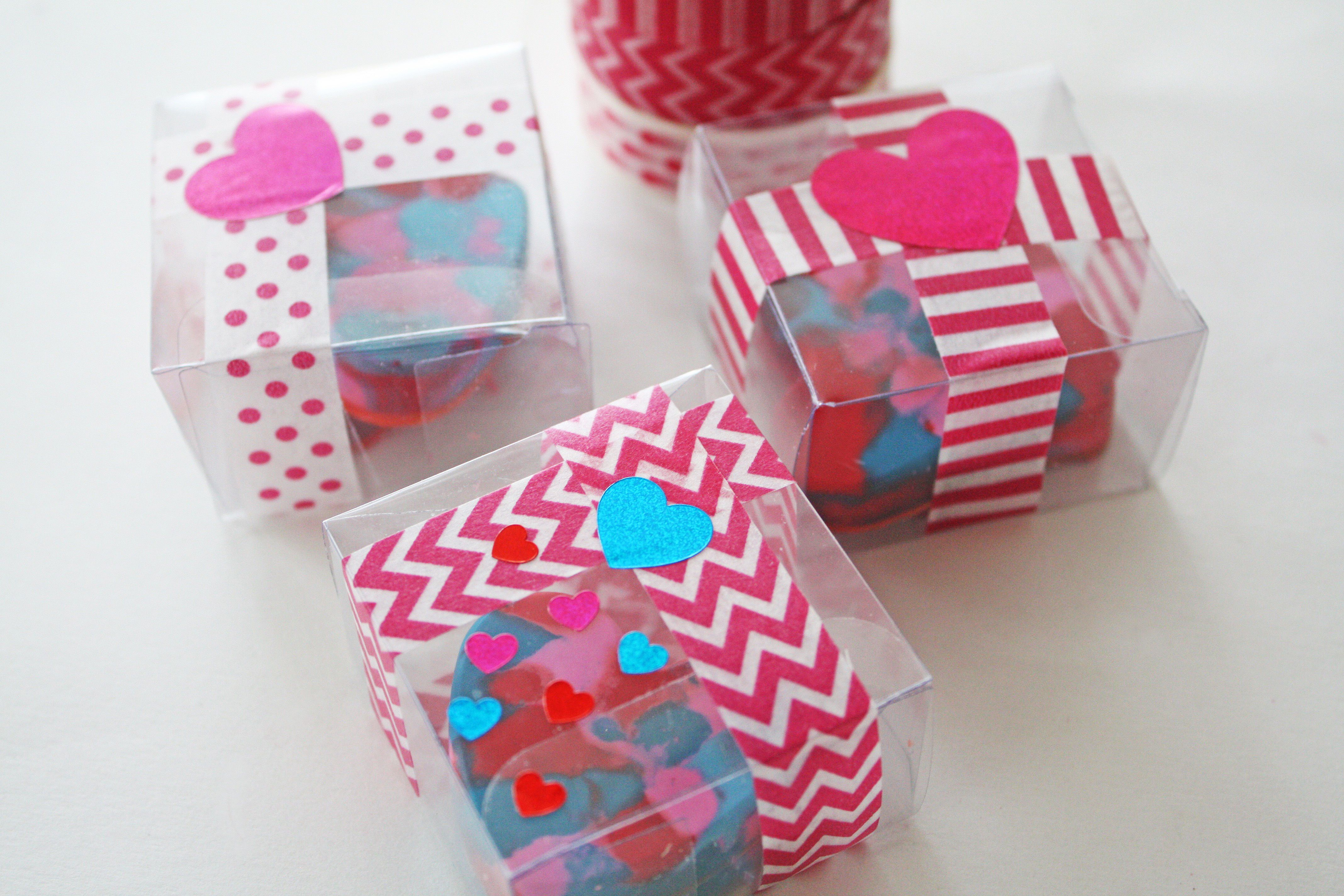 DIY Heart Shaped Crayon Valentine Favors