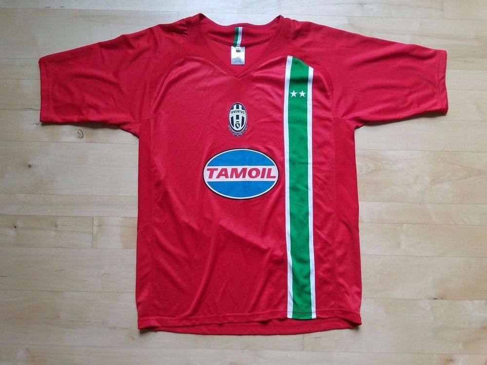 7f03b40c3 Nike Juventus 2005 2006 Third Soccer Jersey - Medium. Team - Juventus  (Italian club that was a recent contender in the Champions League Final).