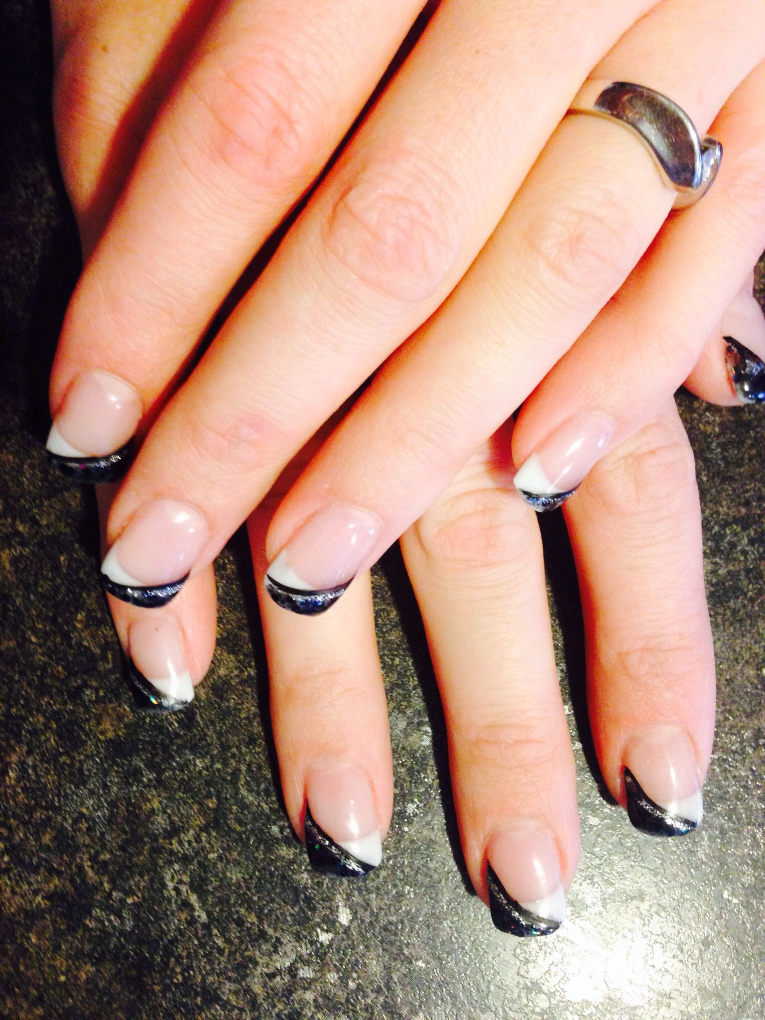 White and black tips