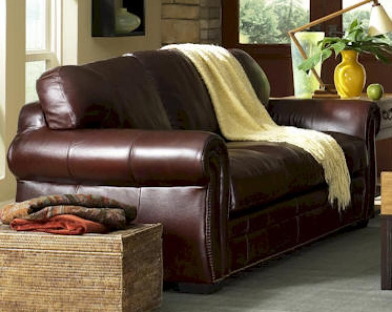 Leather Furniture Traveler Collection: Perfect For The Den!