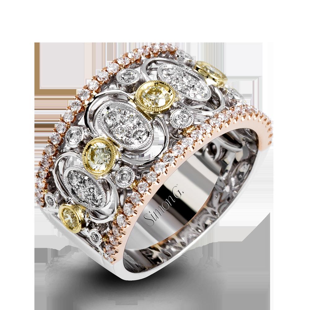 18K White Gold Intricate Diamond RightHand Ring Duchess