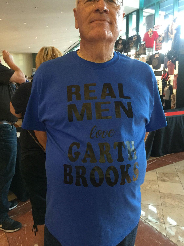Garth Brooks Inspired, Real Men Love Garth Brooks, Garth Brooks World Tour Concert, Garth Brooks ...