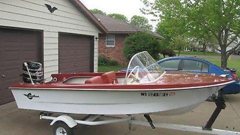 Vintage Rare 1963 Crestliner Mustang Deluxe 14ft Boat Boating