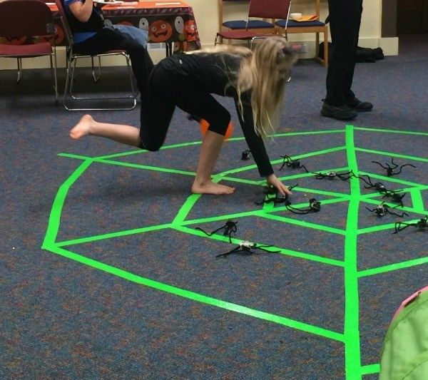 spider web halloween game - Halloween Games For Groups