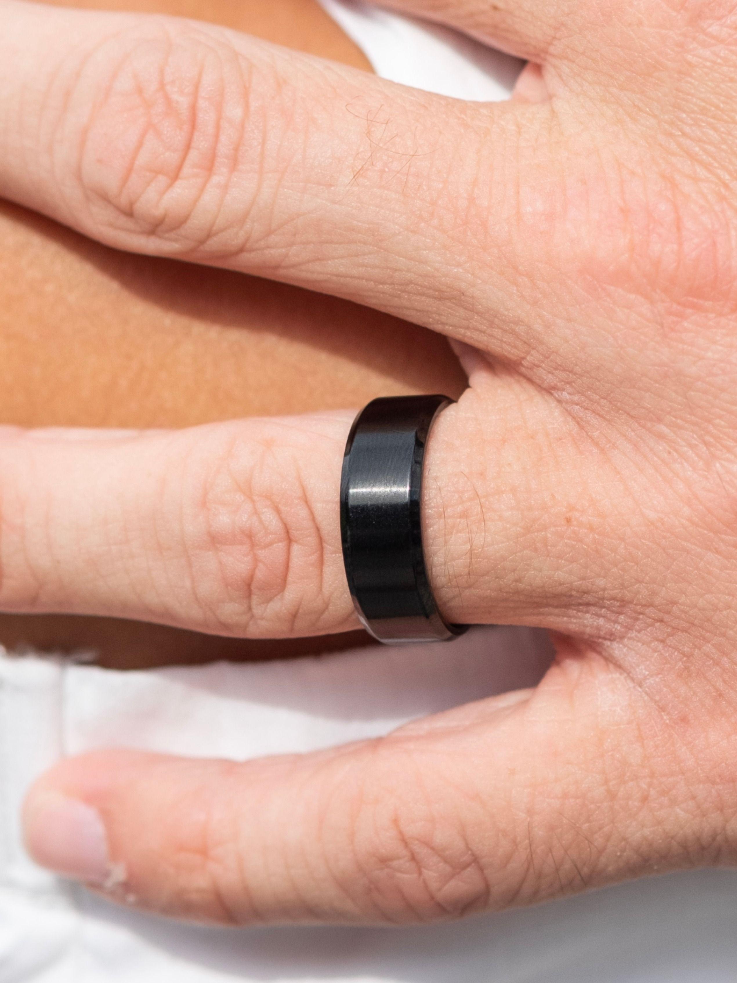 Affordable Men S Wedding Rings Titan Men S Ring Rings Mens Wedding Bands Mens Wedding Rings Black Inexpensive Mens Wedding Bands