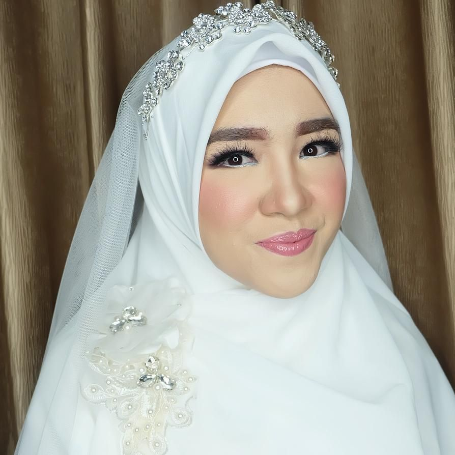 Closer Look Fpr Teh Novadita Akad Nikah Wihtout Browtrimming Pengantin Make Up Inspirasi