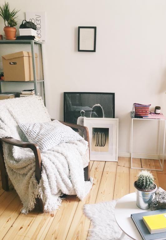 Kuschlige Decken und Kissen machen den eisigen Winter gleich viel - wohnzimmer offene decke
