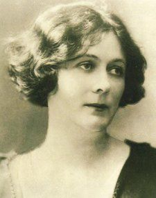 Isadora Duncan (May 26, 1877 - September 14, 1927), dancer.  The mother of modern dance.  Died when the scarf she was wearing became wrapped in the wheels of the car she was riding in.  She was thrown from the vehicle and strangled.