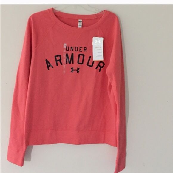 Under Armour women's pretty gritty crew new large Brand new with tags on size large Under Armour Tops Sweatshirts & Hoodies