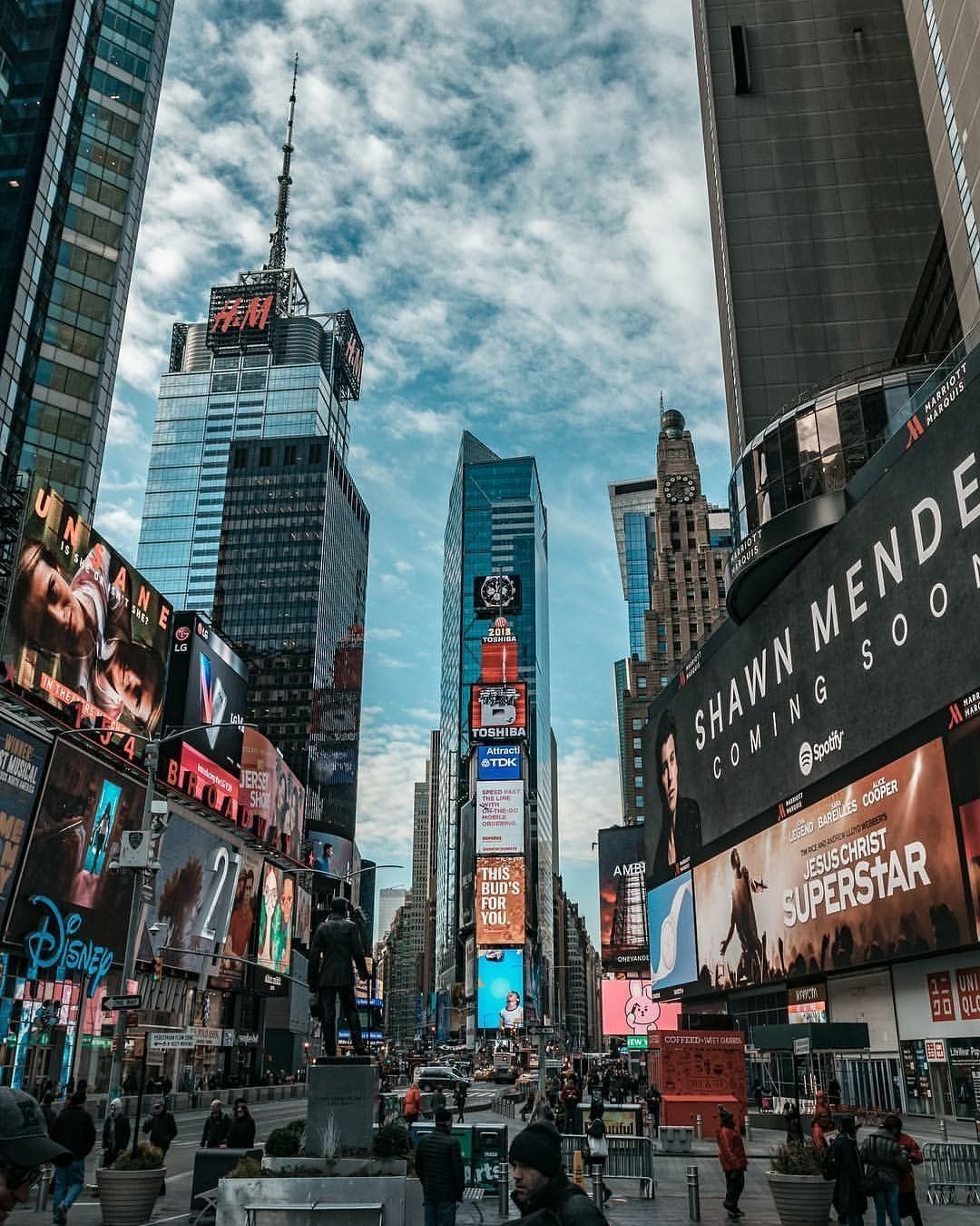 Times Square Nyc New York City Travel New York Wallpaper City Aesthetic