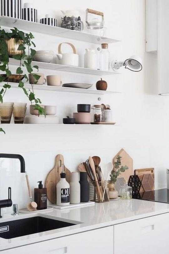 So schafft ihr in der kleinsten Küche jede Menge Stauraum #kücheninspiration