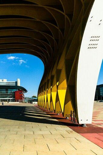 Austria Center, Vienna by walter lustig