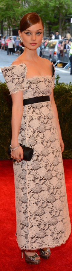 Bella Heathcote, in Chanel Haute Couture, with a Chanel bag and jewels and Jimmy Choo shoes. Met Gala 2013  | The House of Beccaria #