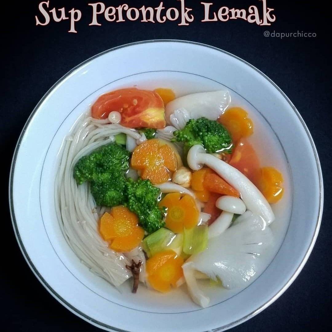Sup Perontok Lemak Bahan Jamur Enoki Tiram Shimeji Wortel Brokoli Tomat Himalaya Salt Lada Bubuk Bawang Putih Aku Gep Sup Jamur Masakan Makanan