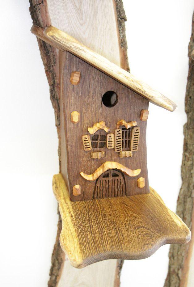 nistkasten vogelhaus garten deko nistkasten aus heimischem eichenholz nistkasten aus. Black Bedroom Furniture Sets. Home Design Ideas