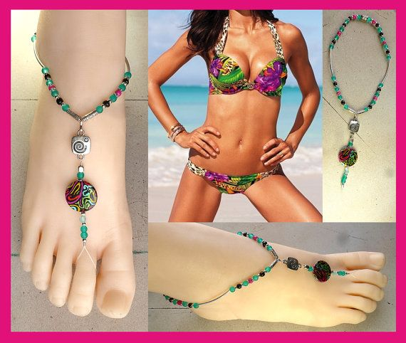 Attractive Glamorous Barefoot Naked Women HD