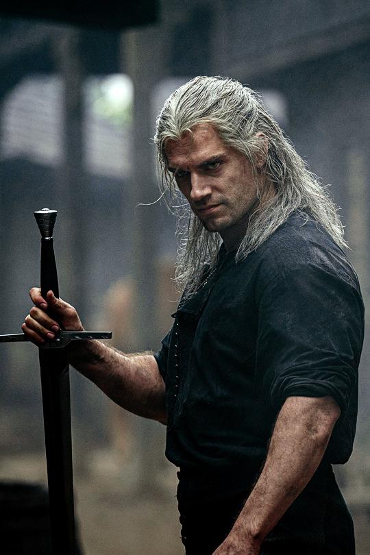 New Still Of Henry Cavill As Geralt Of Rivia In Netflix S