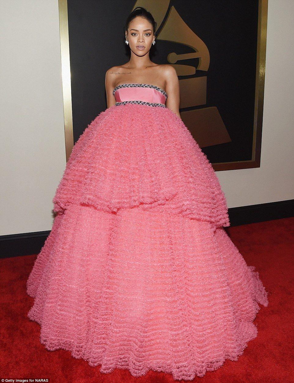 Beyonce, Ariana Grande, Madonna and Nicki Minaj at Grammy Awards ...