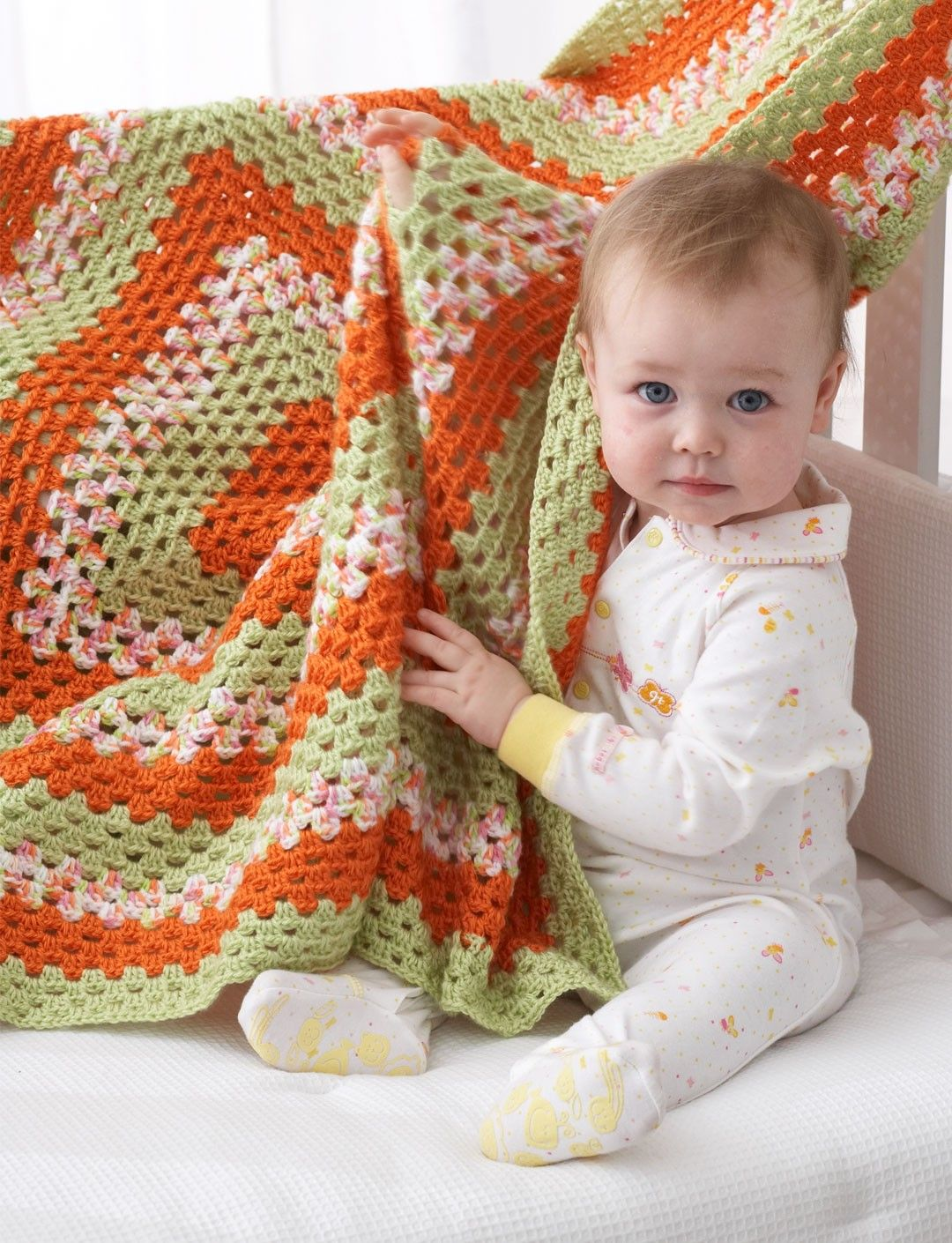 Yarnspirations.com - Bernat Big Granny Baby Blanket - Patterns ...