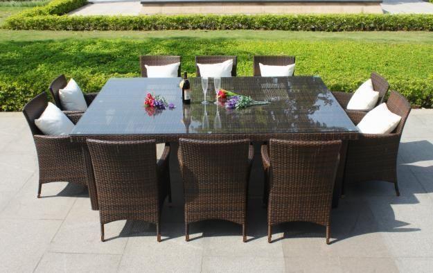 Muebles de mimbre para exterior | Dining room table, Garden ...