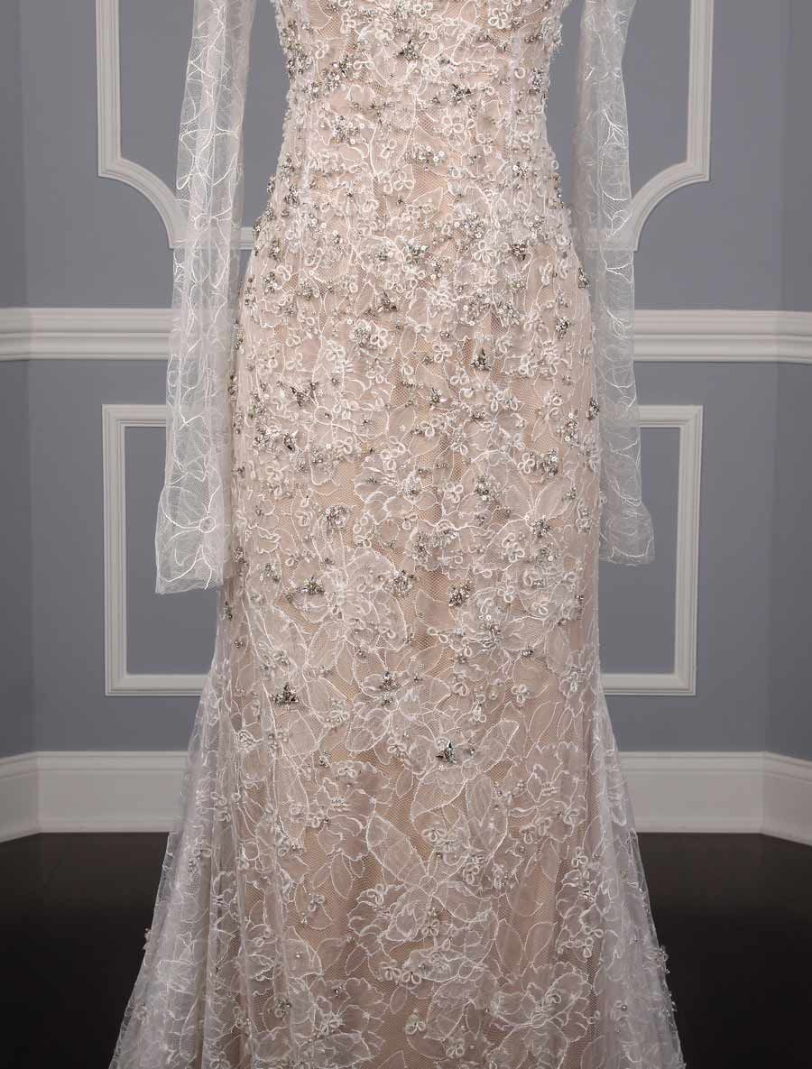 Vera wang lace wedding dress  Vera Wang Luxe Paige Wedding Dress  Chantilly lace Wedding dress